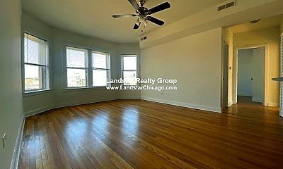Living Room, 4705 N Troy St, 1