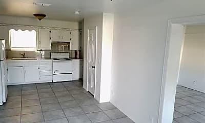 Kitchen, 292 N Barker St, 1