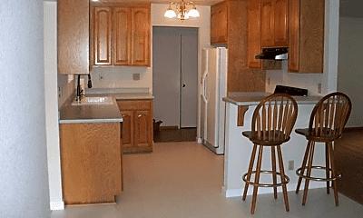 Kitchen, 1522 Shasta Ave, 2