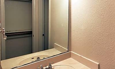 Bathroom, 2909 Markos Dr, 2