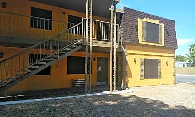 Siegel Suites Boulder Apartments, 2