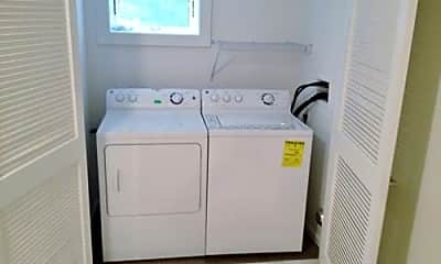 Bathroom, 1018a Morningside Ln, 2