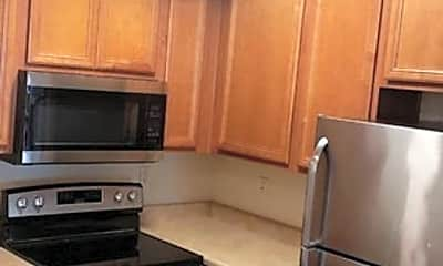 Kitchen, 4608 W Maryland Ave, 1