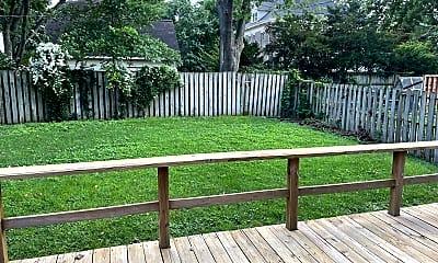 Patio / Deck, 1037 E Front St, 2