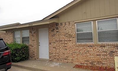 Building, 7919 NW Crossland Cir, 0