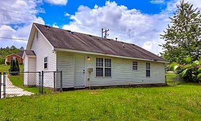 Building, 2811 Bennington Dr, 2