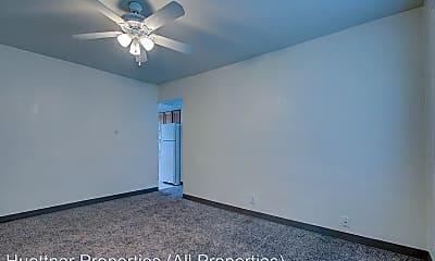 Bedroom, 3313 W Wells St, 1