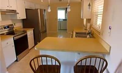 Kitchen, 668 W Buttonbush Dr, 1