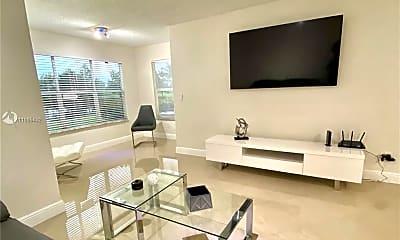 Living Room, 12540 Vista Isles Dr 1112, 0