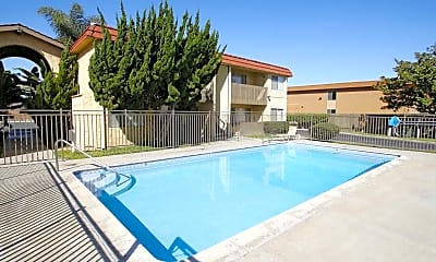 Pool, Sund Apartments, 1