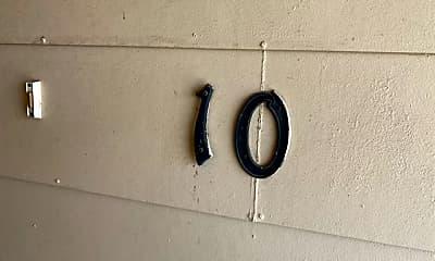 300 Moursund Blvd 10, 0