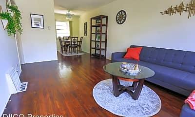 Living Room, 1427 21st St, 0