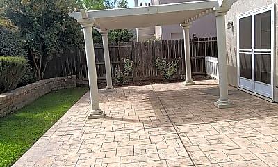 Patio / Deck, 1650 solaro, 2
