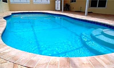 Pool, 1129 SE 36th St, 2