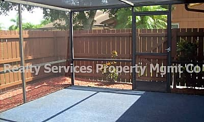 Patio / Deck, 5662 Foxlake Dr, 1