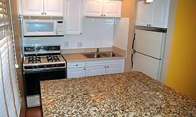 Kitchen, 2075 N 4th St, 1
