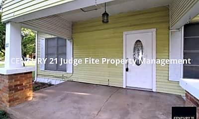 Front Porch, 217 W. Avenue C, 1