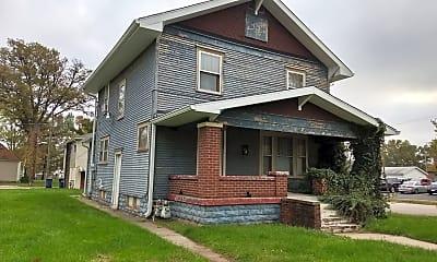 Building, 2 N 8th St, 1