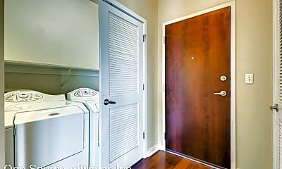 Bathroom, 400 W Peachtree St 2404, 1