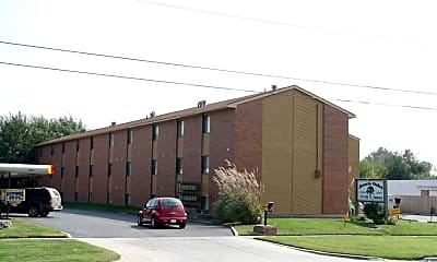 Building, 2228 S Oliver Ave, 2