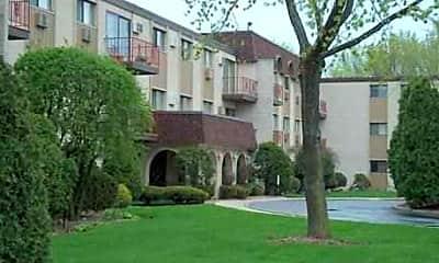 Chateau Royale Apartments, 1