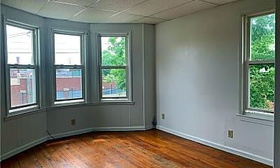 Living Room, 136 N Elm St 2ND, 1