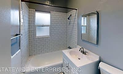 Bathroom, 109 Normandie Ave, 1