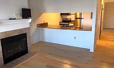 Kitchen, 505 Riverine Dr, 1