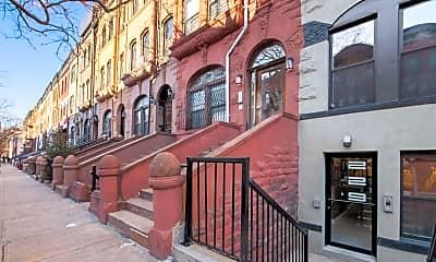 Building, 229 W 136th St 3-B, 2