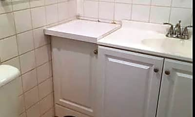 Bathroom, 9 Crossgate Rd, 1