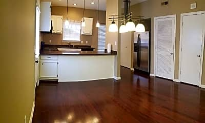 Kitchen, 2730 Linmar Ave, 2