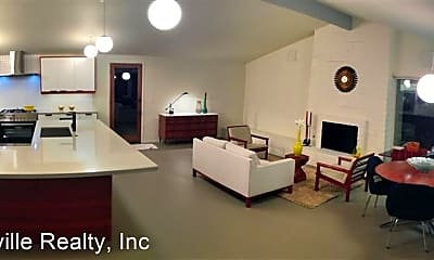 Living Room, 2470 W San Jose Ave, 1