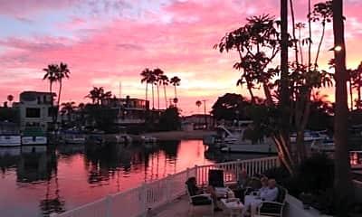 7 Balboa Coves, 1