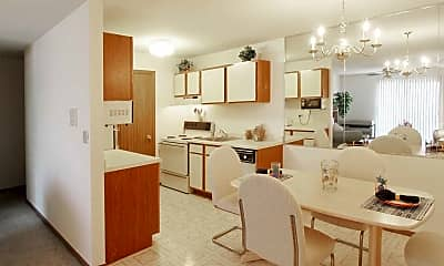 Emhurst Lake Apartments, 2