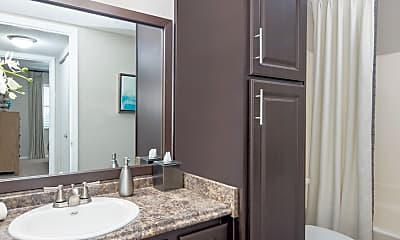Bathroom, Colonial Village At Windsor Place, 2