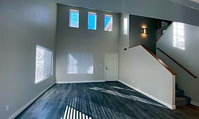 Living Room, 4032 E Rancho Del Oro Dr, 1