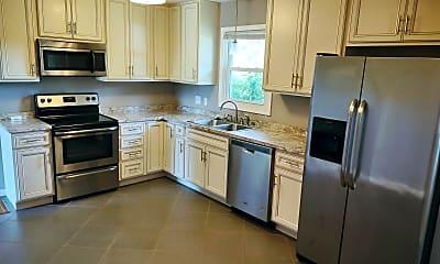 Kitchen, 4214 Englewood Blvd, 1