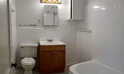 Bathroom, 1430 Franklin St 6, 2