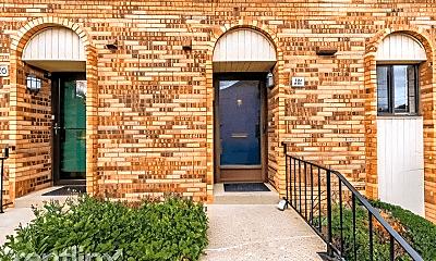 Building, 18 Druid Hill Ct, 1