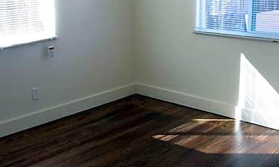 Bedroom, 722 30th St, 2
