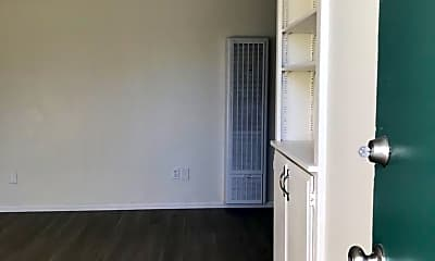 Kitchen, 4179 Chamoune Ave, 1