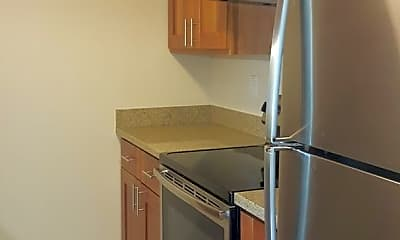Kitchen, 101 28th Ave, 1