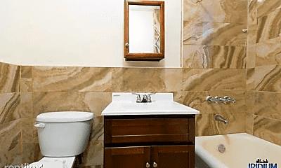 Bathroom, 95 E Passaic Ave, 2