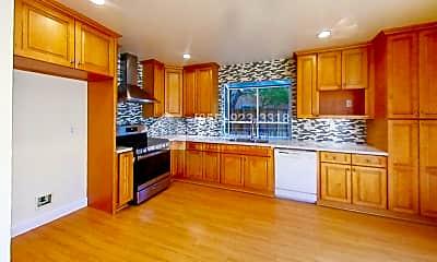 Kitchen, 140 Urshan Ct, 1