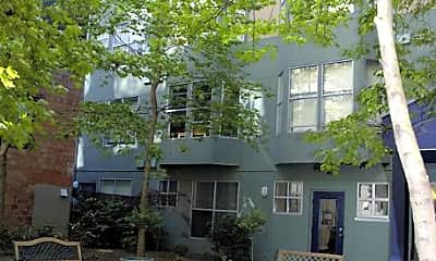 Ellis Court Apartments, 1