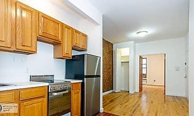 Kitchen, 1382 2nd Ave, 1