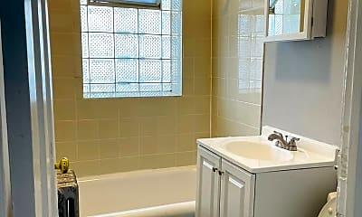 Bathroom, 312 E 75th St, 2