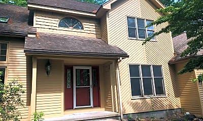 Building, 43 Oak Tree Ln, 1