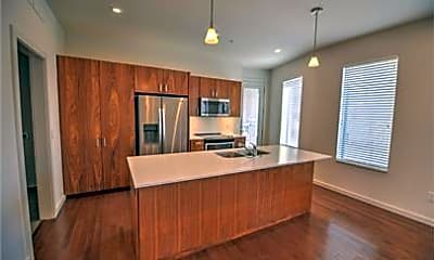 Kitchen, 627 Couch Dr S08, 1