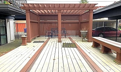 Patio / Deck, 415 N I St, 2